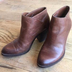 Lucky Brand Brown Leather Bootie size 7